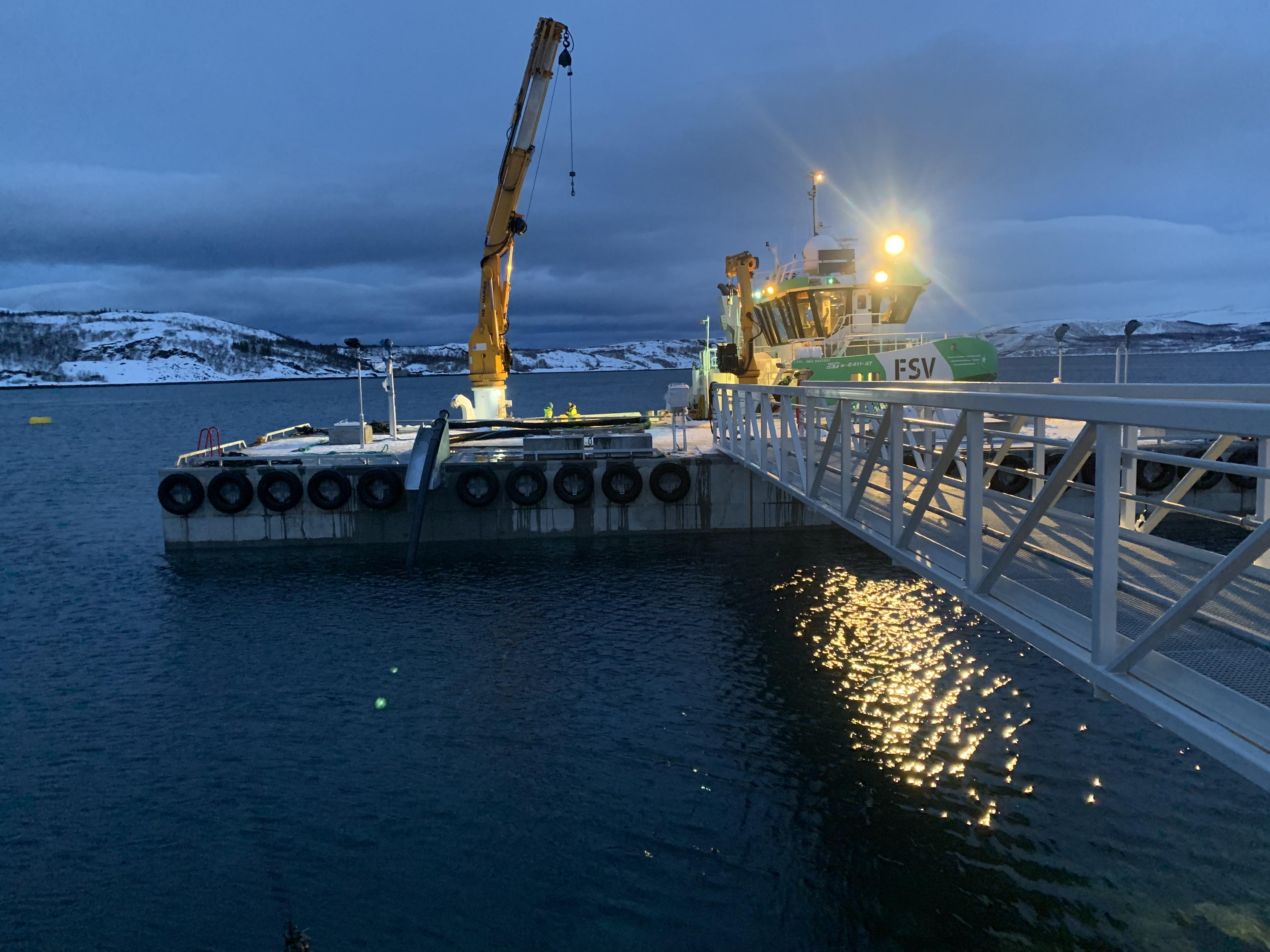 https://marinasolutions.no/uploads/2019-12-13-Installasjon-Friarfjorden-Foto-JVB-13.jpg