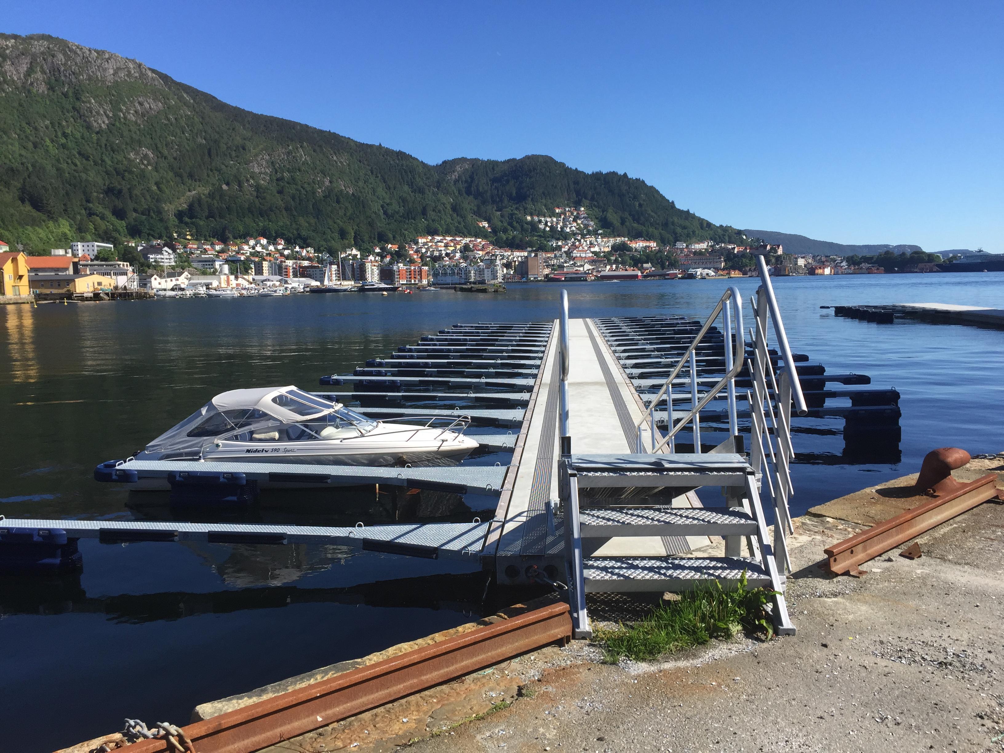 https://marinasolutions.no/uploads/Bergen-Nyhavn-Sandviken-3.JPG