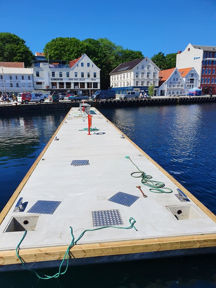 https://marinasolutions.no/uploads/Flytebrygge-Stavanger-havn.jpg