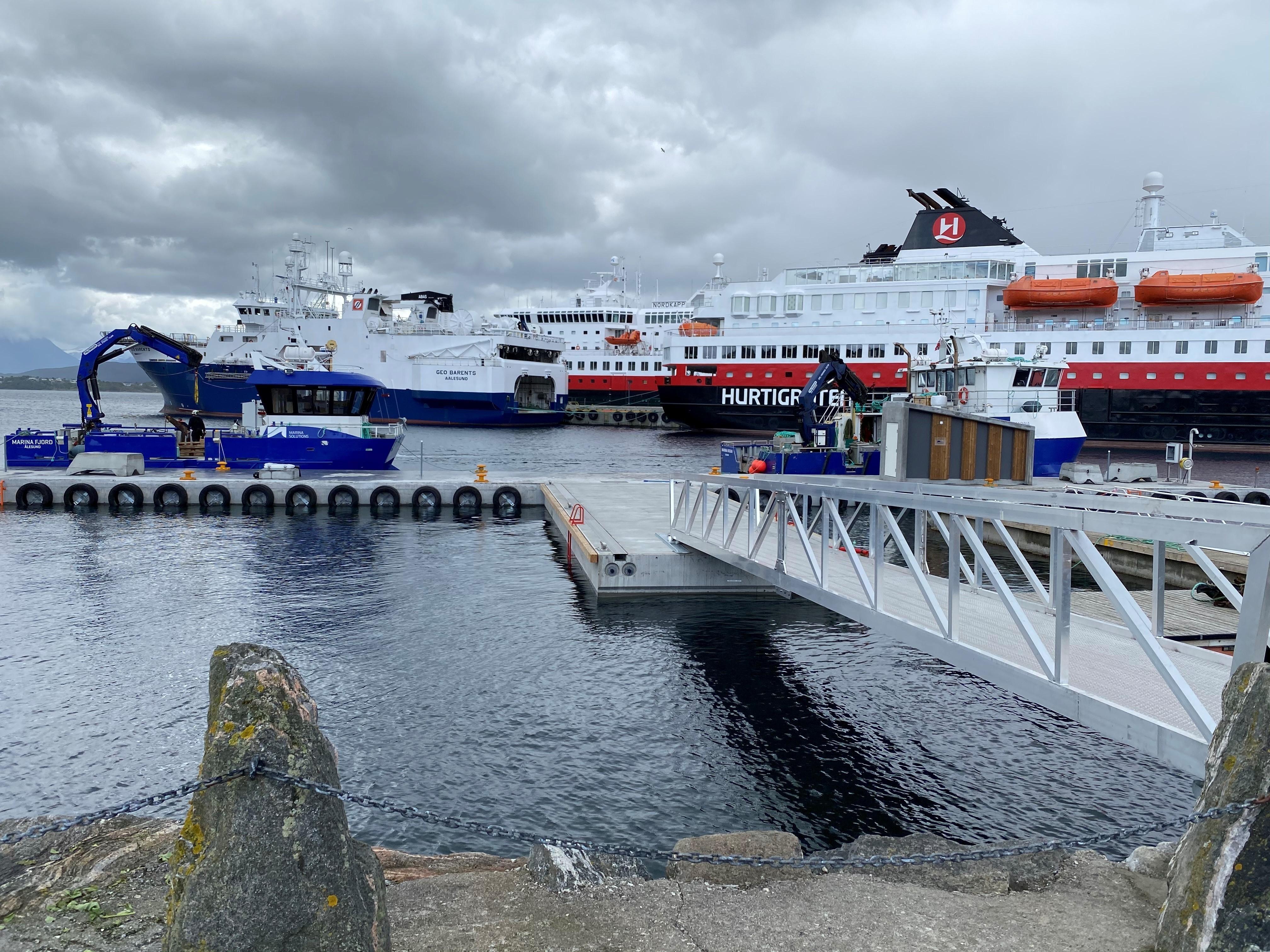 https://marinasolutions.no/uploads/Flytekai-Ålesund-Rådhusbrygga.jpg