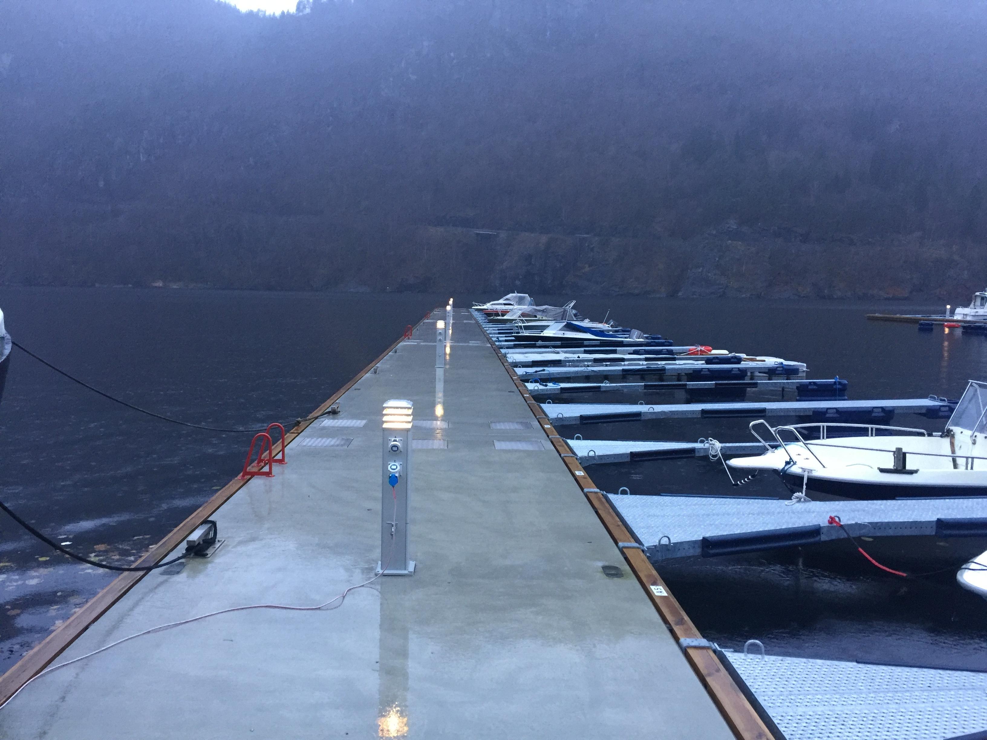 https://marinasolutions.no/uploads/Granvin-Båtlag-3.JPG