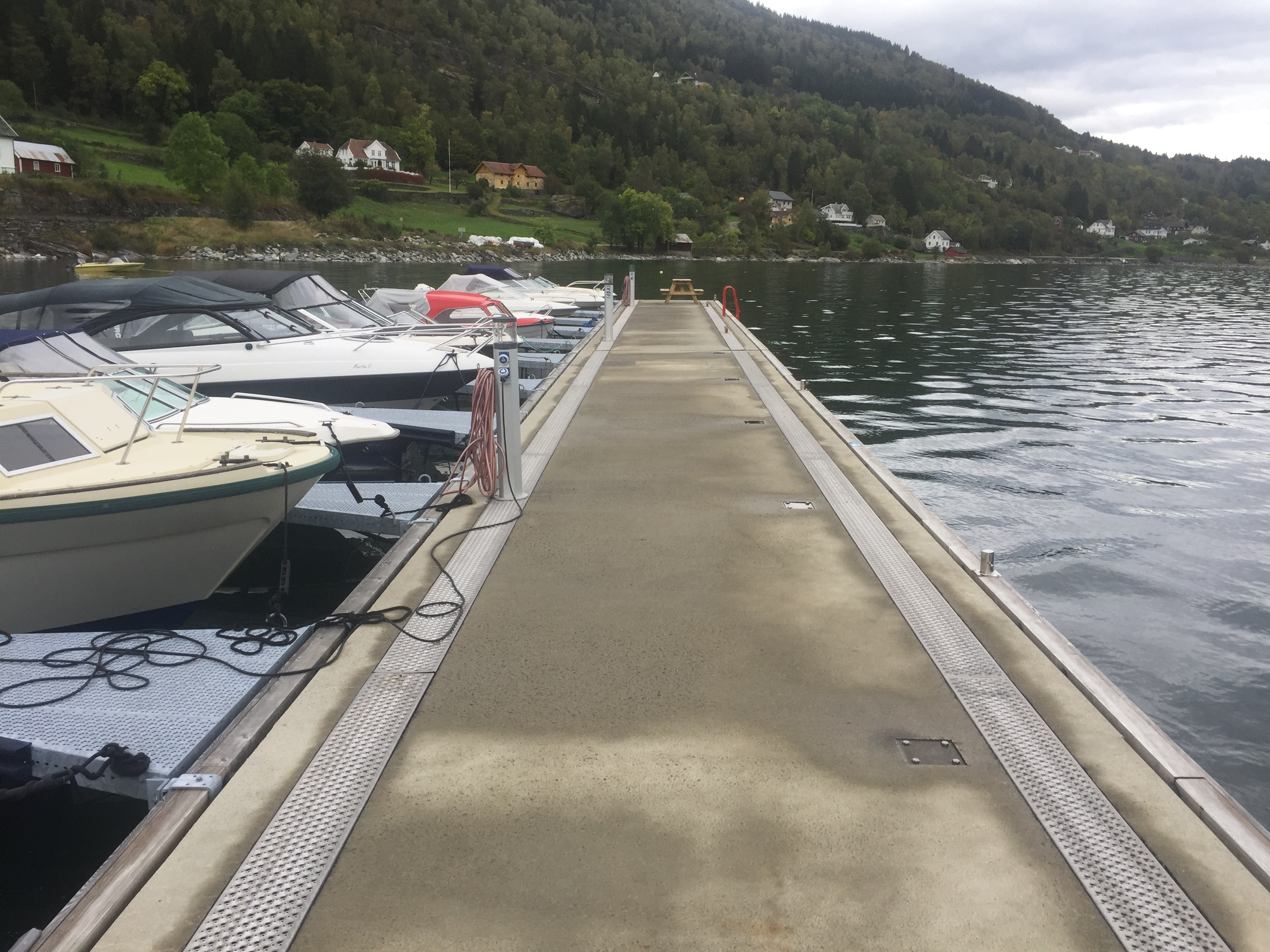 https://www.marinasolutions.no/uploads/HØyheimsvik-båtlag-3.JPG