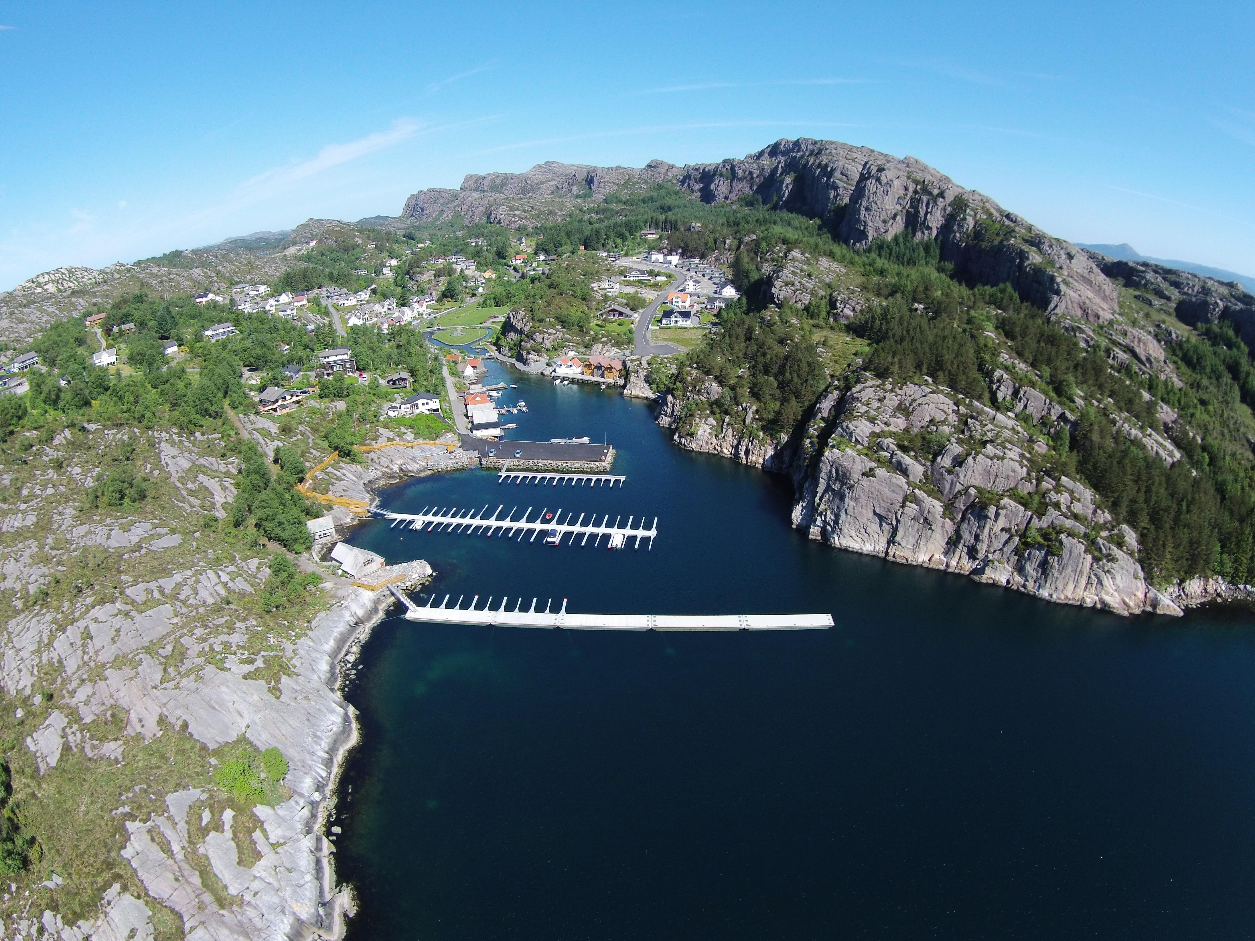 https://marinasolutions.no/uploads/Haganesvikja-Båtlag_dronefoto.JPG