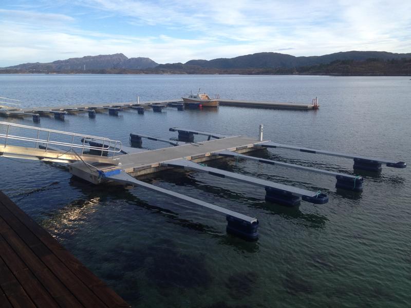 https://www.marinasolutions.no/uploads/Henda_Småbåtlag002.jpg