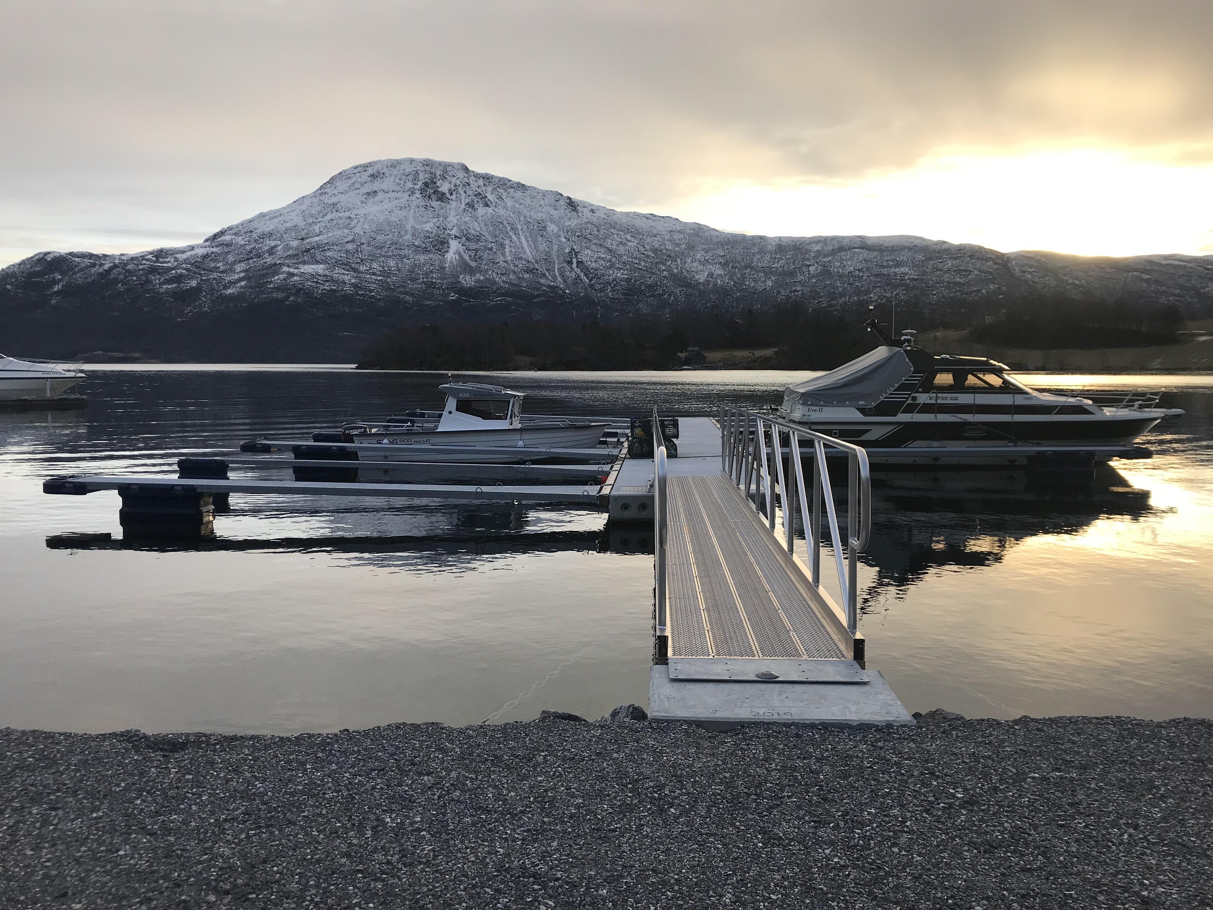 https://www.marinasolutions.no/uploads/Leitafjøra-Naustlag.jpg