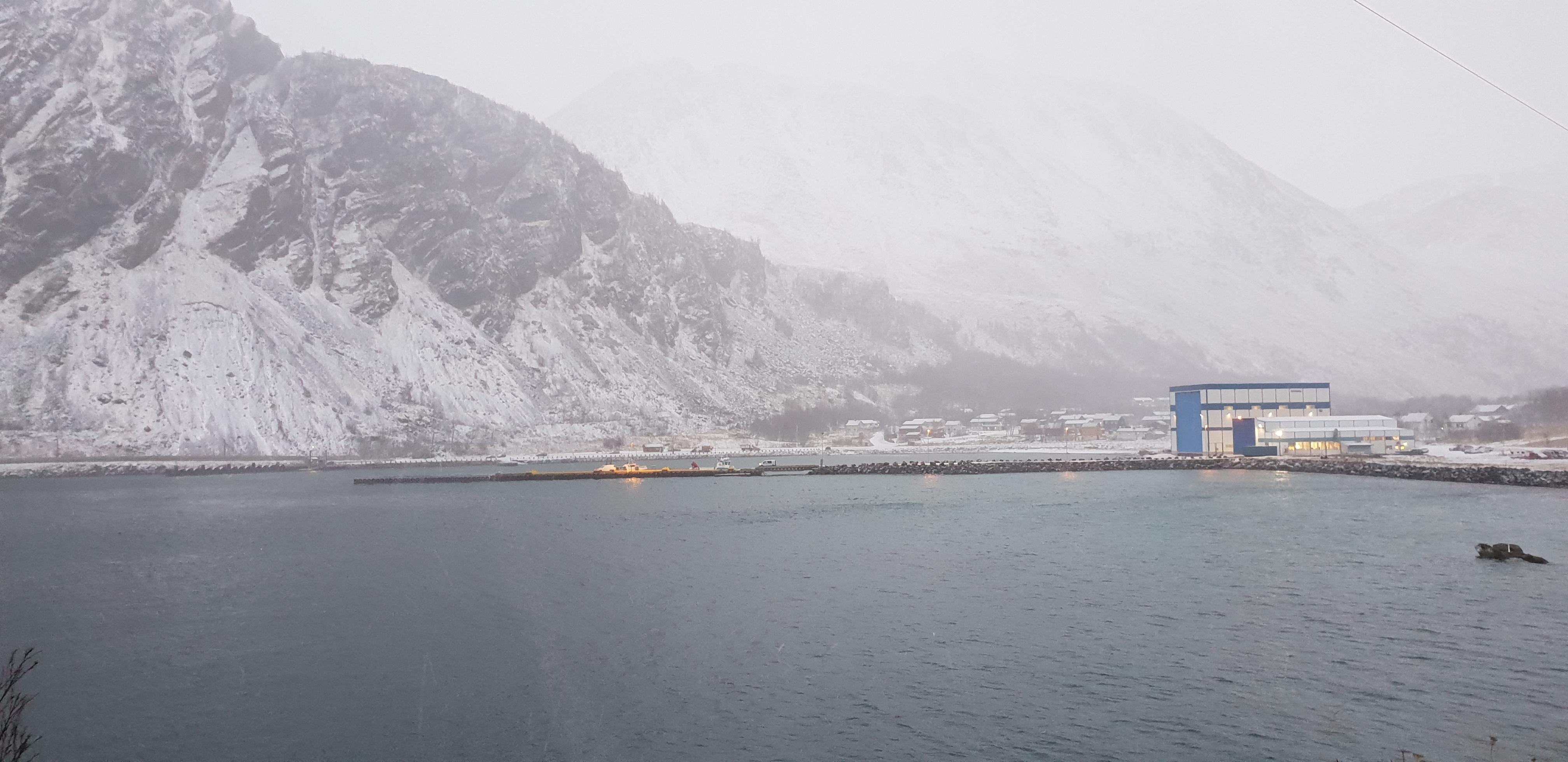 https://www.marinasolutions.no/uploads/Loppa-kommune-russebrygge-kaianlegg-øksfjord-frydenbø.jpg