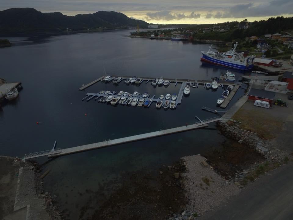 https://marinasolutions.no/uploads/Midsund-kommune-betongbrygger-6.JPG