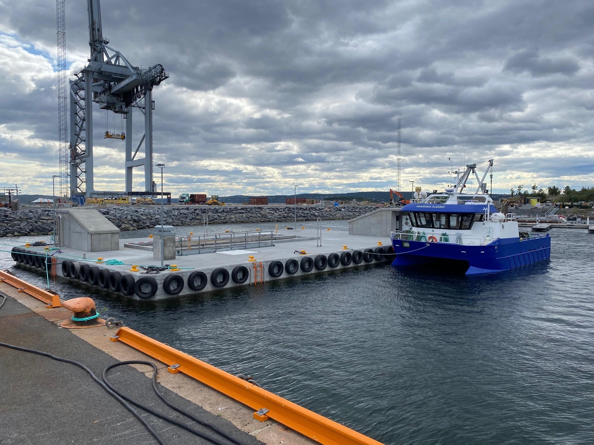 https://marinasolutions.no/uploads/Oslo-fortøyningsflåte-Oslo-havn_-Marina-Solutions_betongflåte_Marina-Ocean-3.jpg
