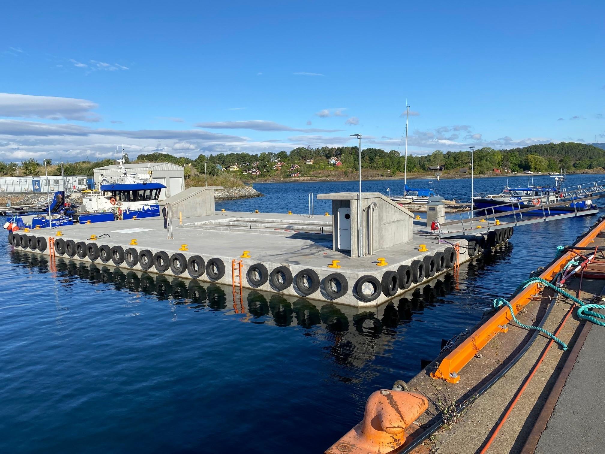 https://marinasolutions.no/uploads/Oslo-fortøyningsflåte-Oslo-havn_-Marina-Solutions_betongflåte_Marina-Ocean-5.jpg