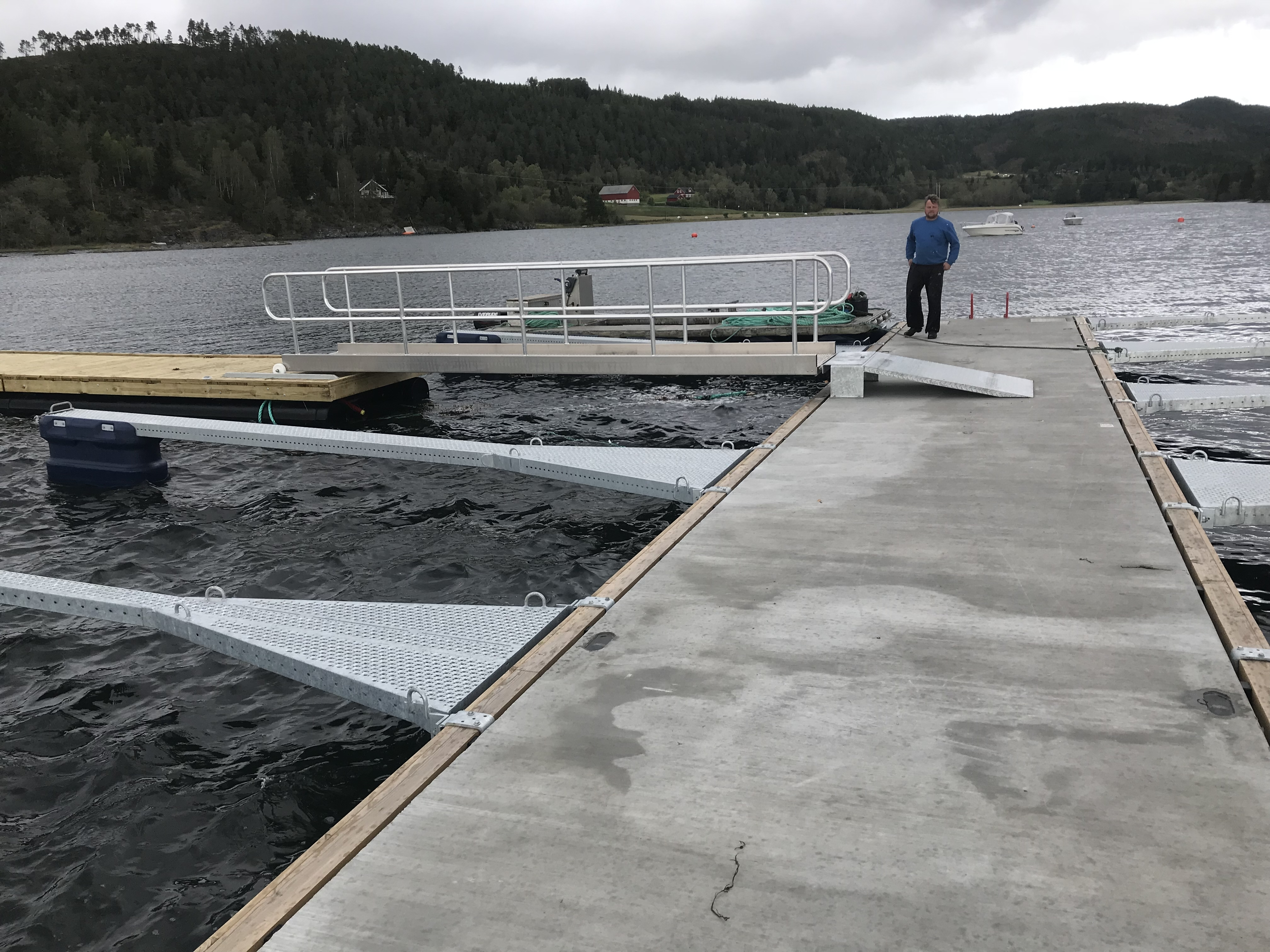https://marinasolutions.no/uploads/Saltbuvik-Båtforening-Marina-Solutions-2018-24.jpg