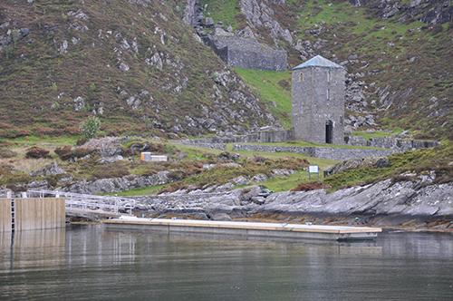 https://marinasolutions.no/uploads/Selje_Kloster_Brygge.jpg