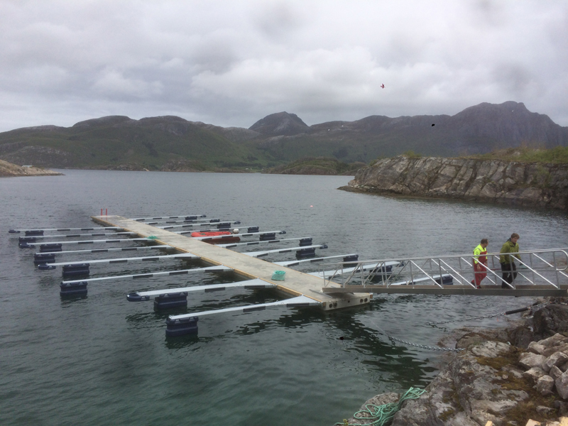 https://www.marinasolutions.no/uploads/Skutvik_Brygge002.jpg