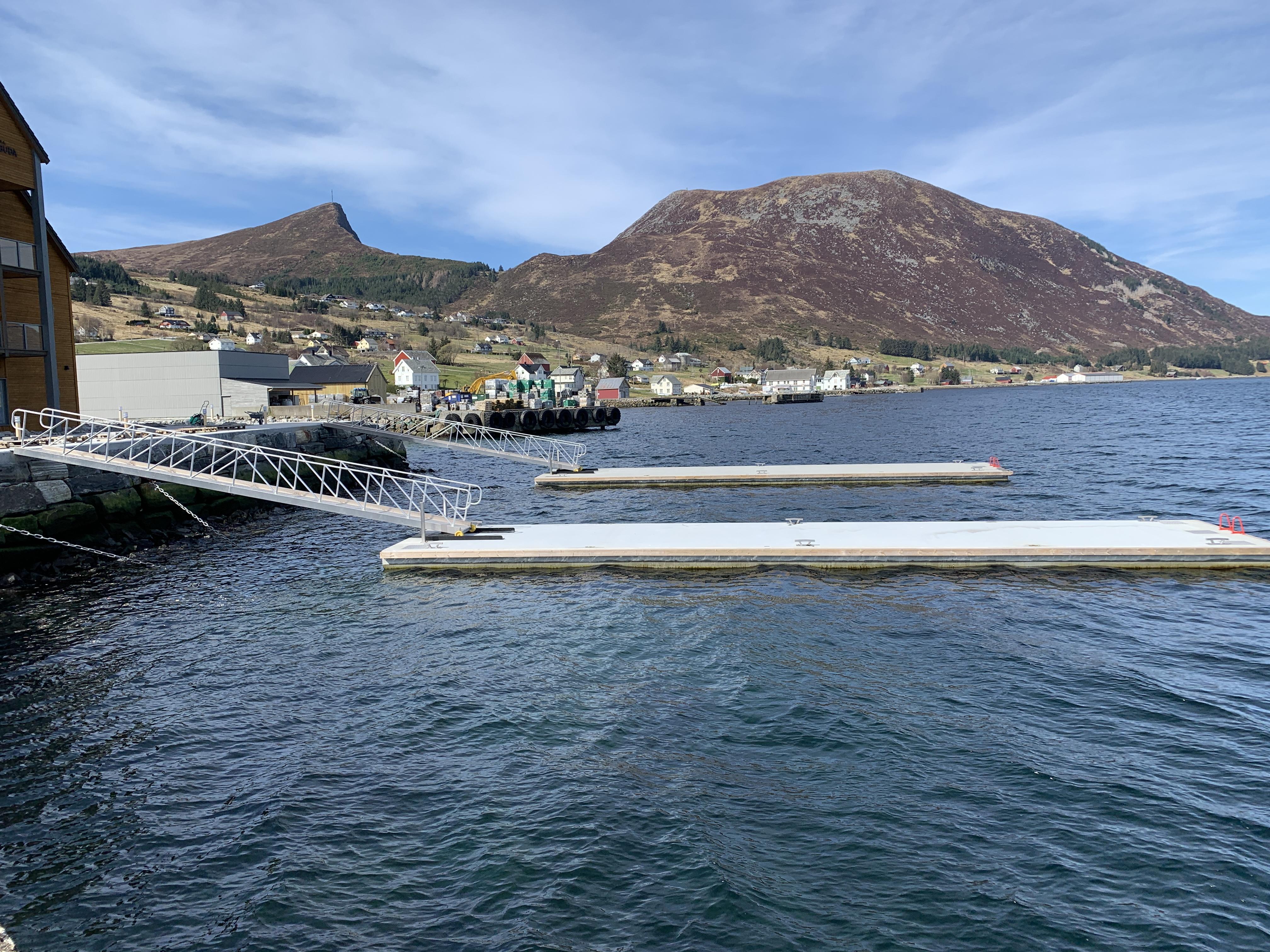 https://marinasolutions.no/uploads/Stadt-hotell_Flytebrygger_Marina-Solutions-3.JPG