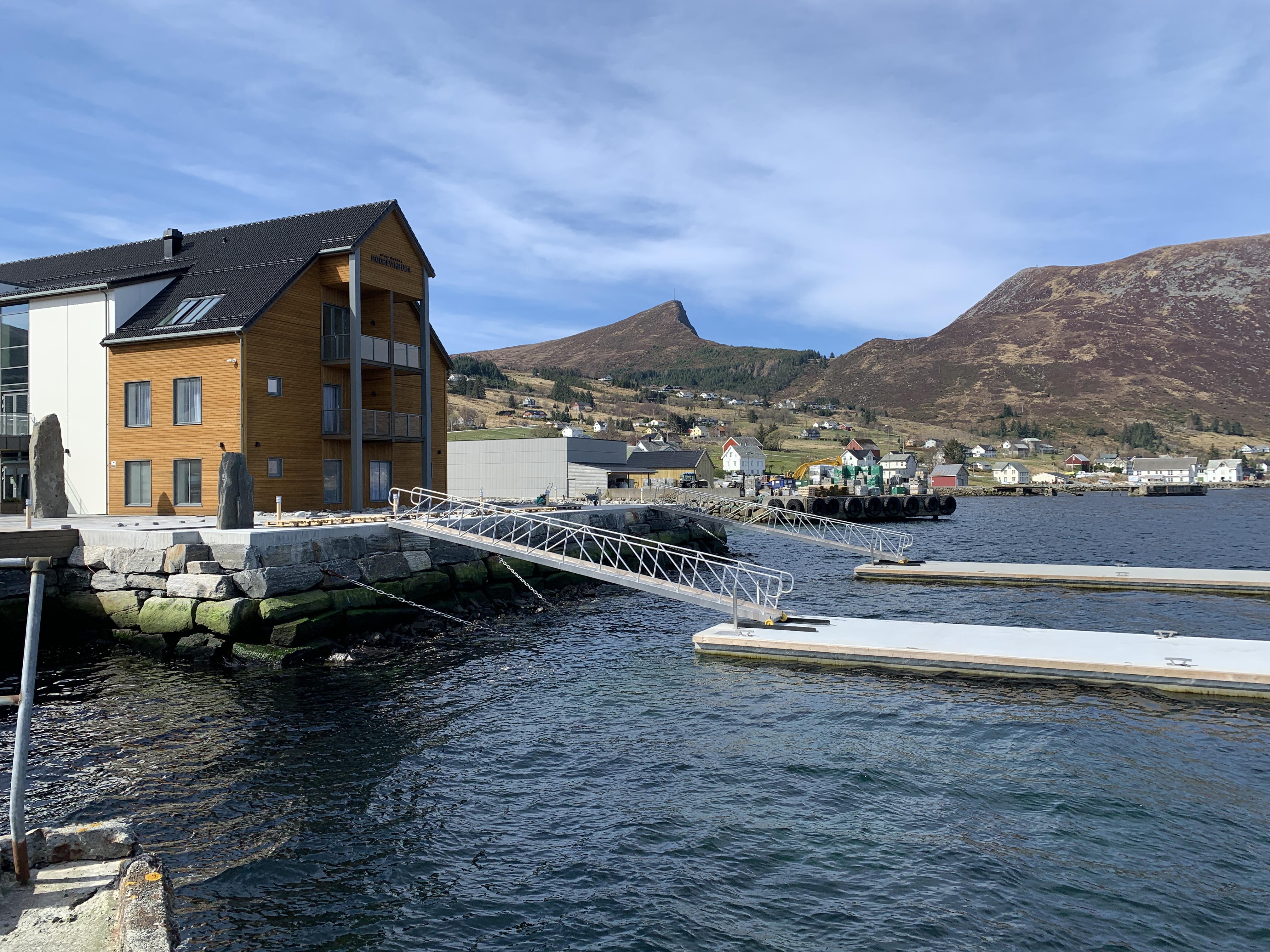 https://www.marinasolutions.no/uploads/Stadt-hotell_Flytebrygger_Marina-Solutions-4.JPG