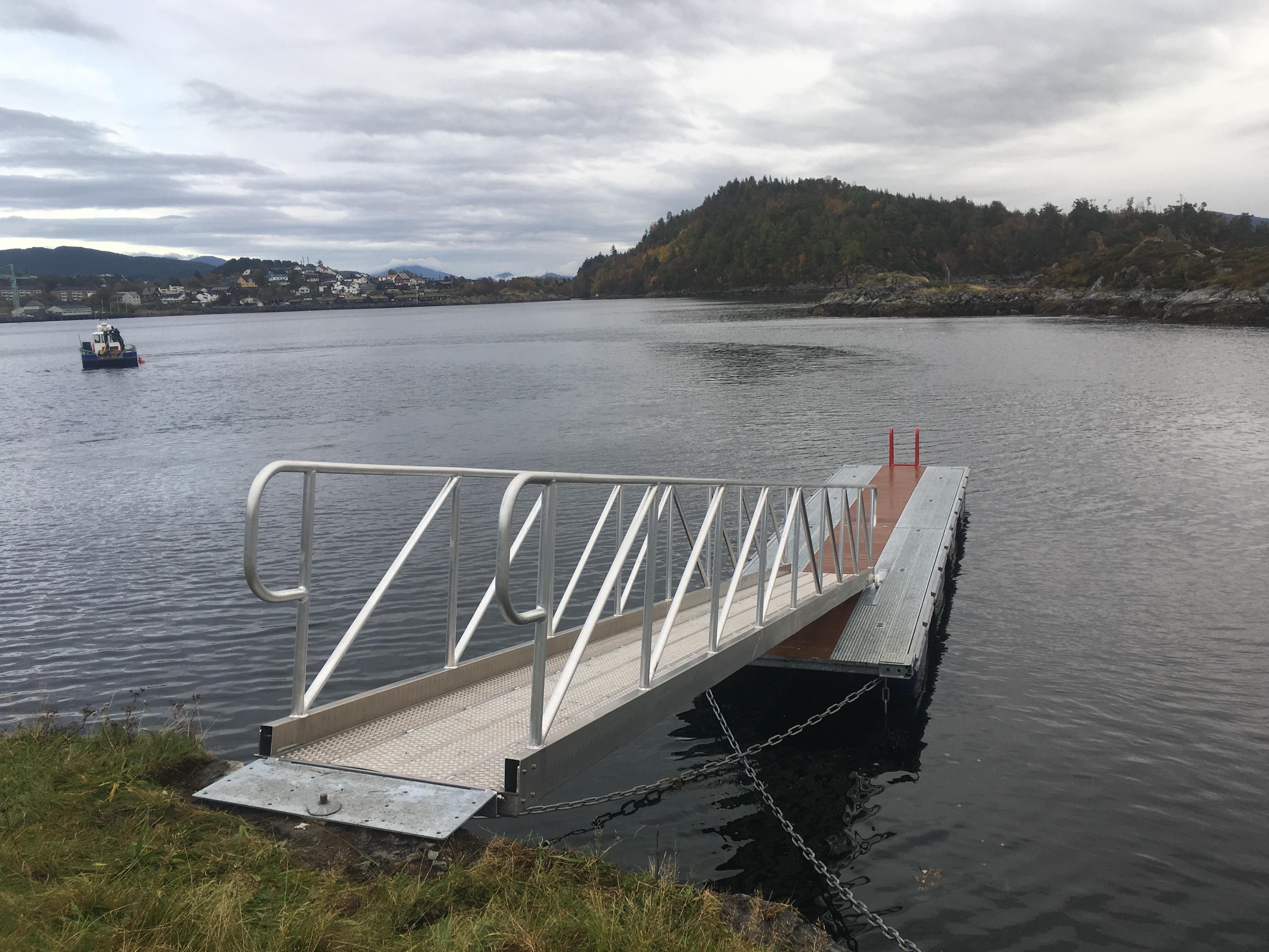https://marinasolutions.no/uploads/Sunnmøre-Friluftsråd_Hundsvør-3.JPG