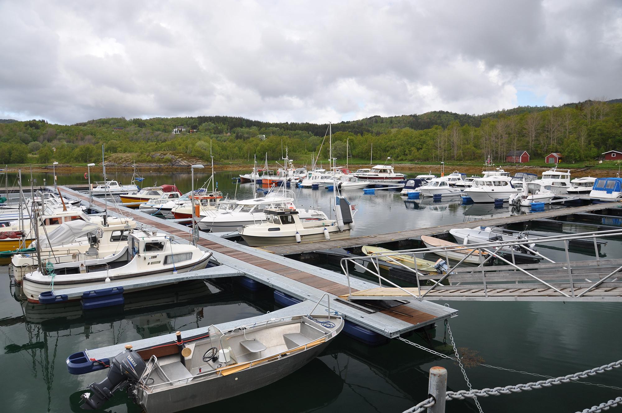 https://marinasolutions.no/uploads/Tjongsfjord002.jpg
