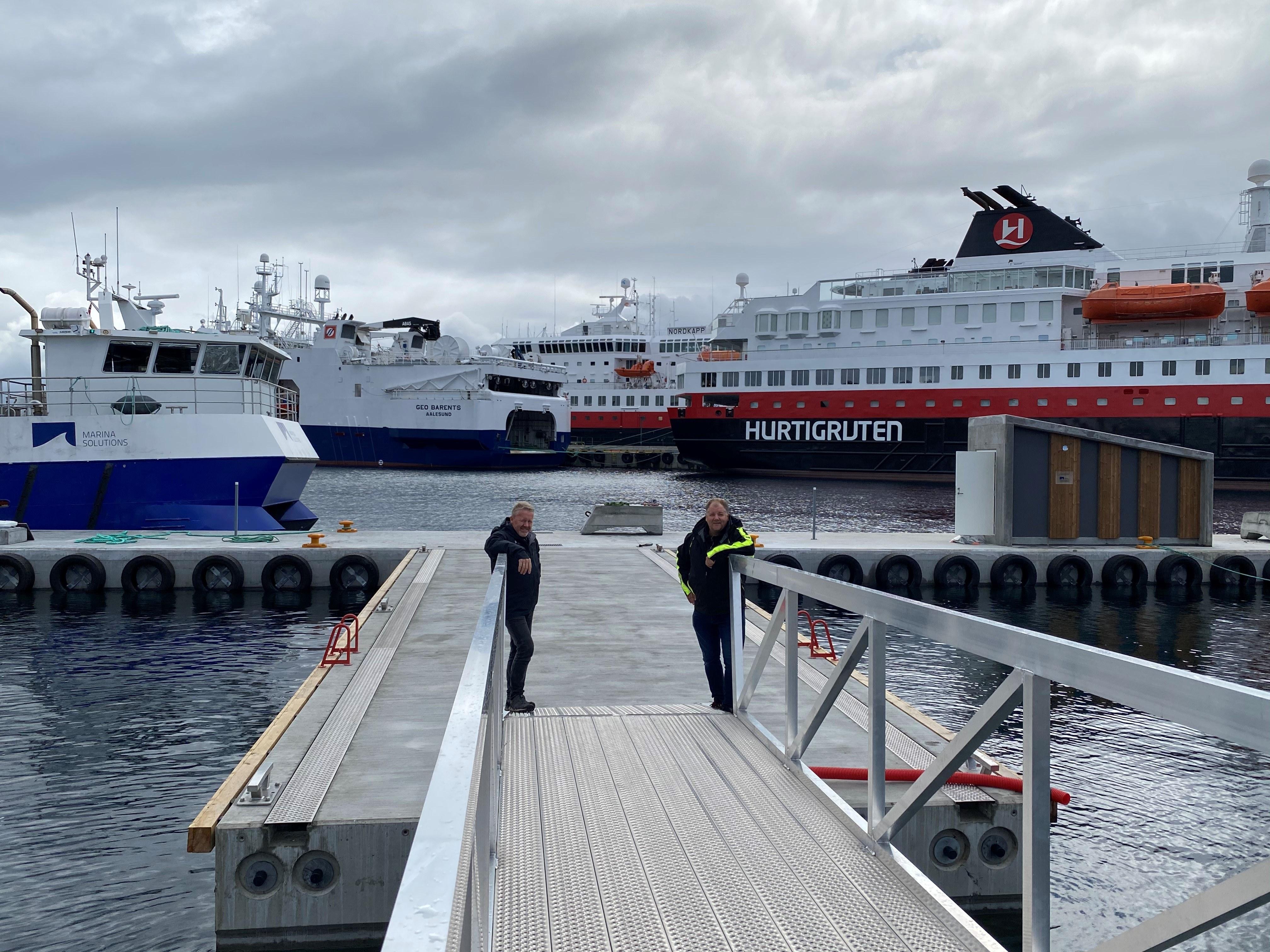 https://www.marinasolutions.no/uploads/Tv-Daglig-leder-Torgeir-Iversen-th-driftsansvarlig-Geir-Inge-Follestad.jpg