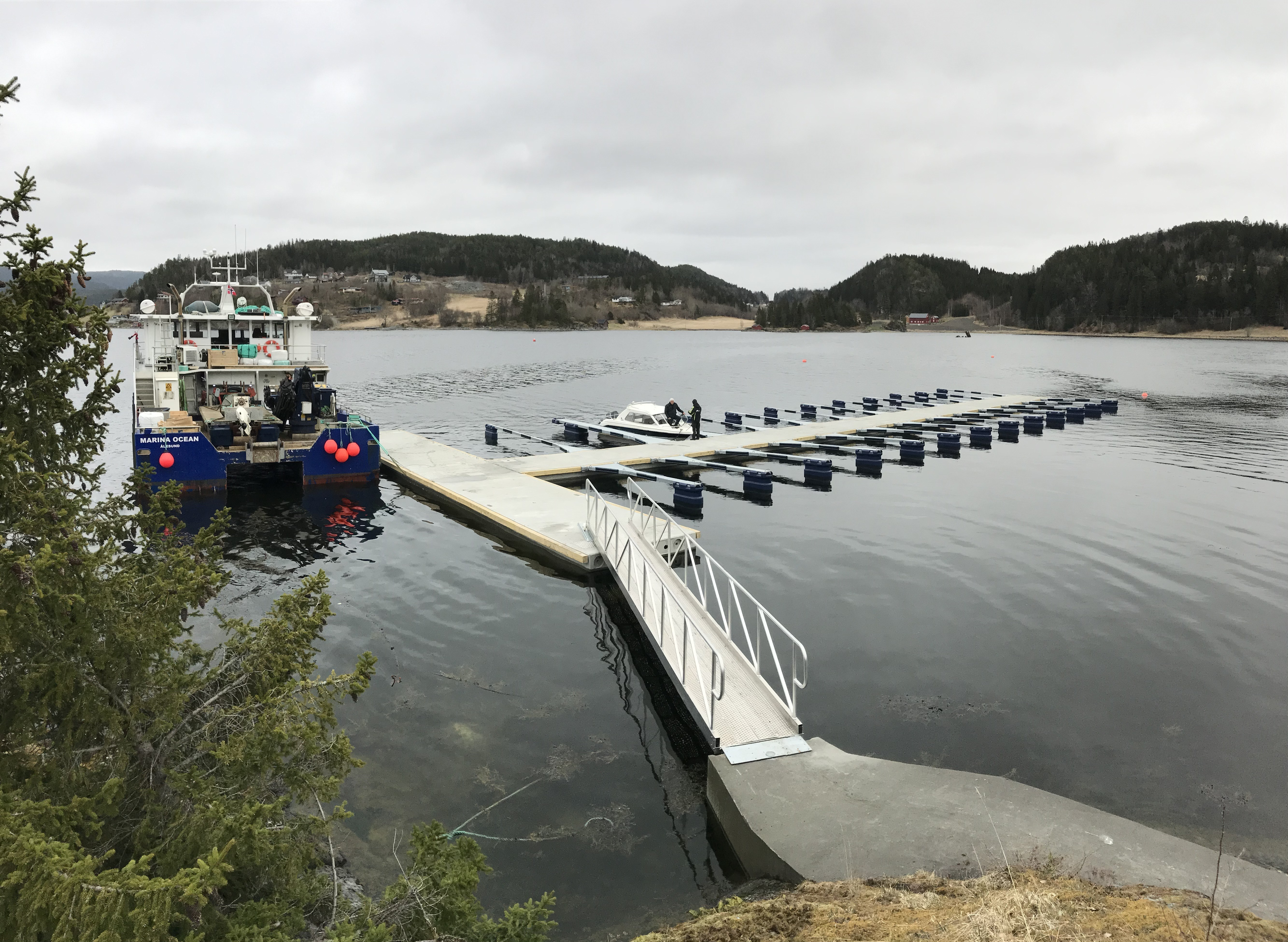 https://www.marinasolutions.no/uploads/Undli-Kai-Bryggeforening_Åsenfjord-6.jpg