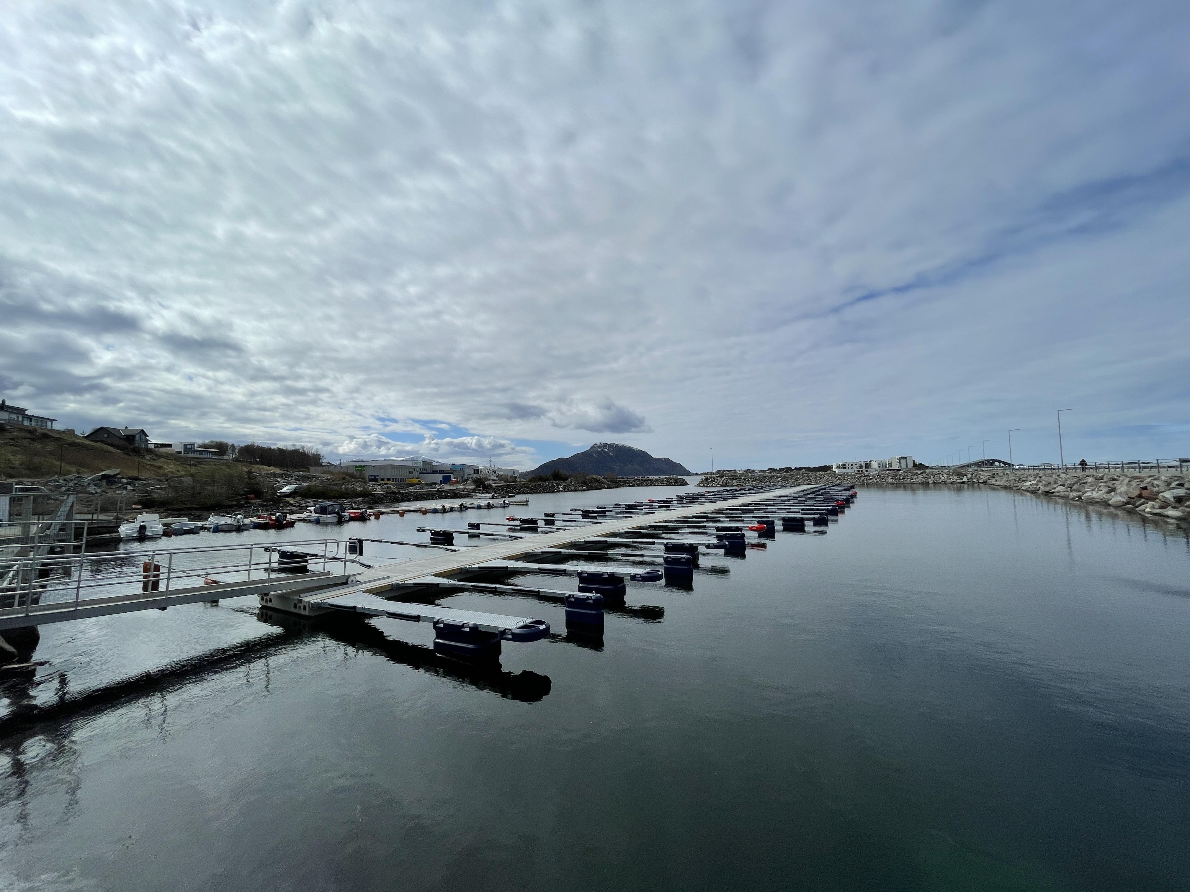 https://marinasolutions.no/uploads/Ytterland-småbåtforening_Valderøy_Marina-Solutions-AS-3.JPG