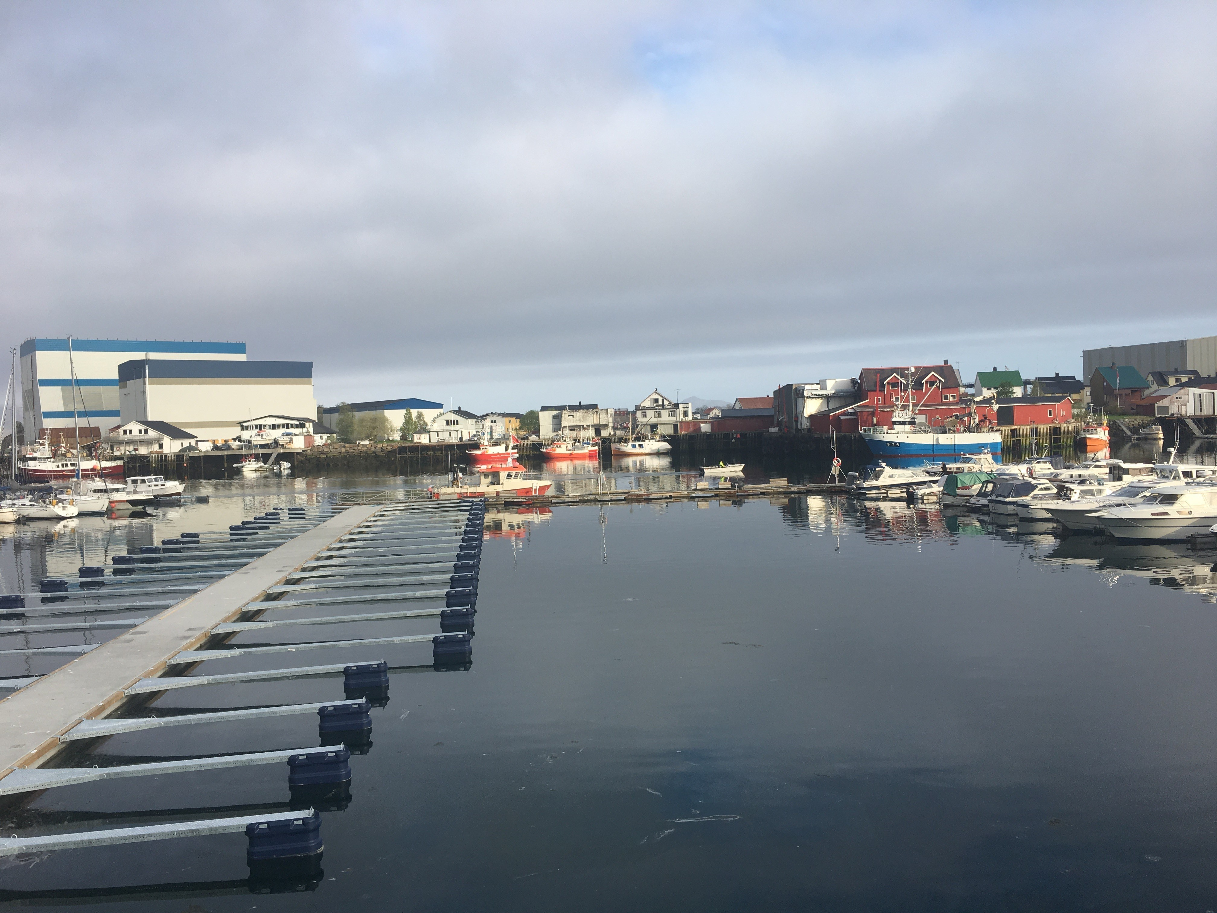 https://marinasolutions.no/uploads/vågan-sjø-og-fiske-4.jpg